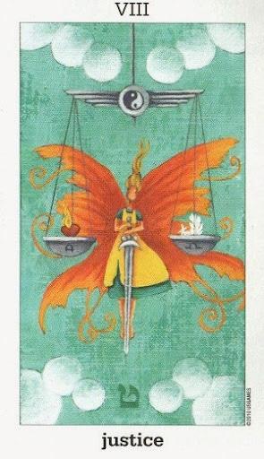 Sun and Moon Tarot – Sách Hướng Dẫn
