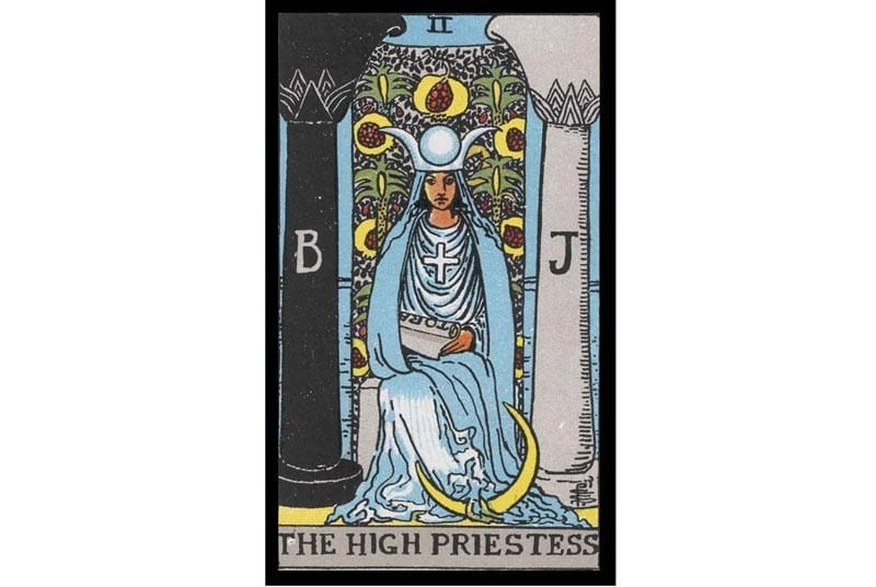 high-priestiess