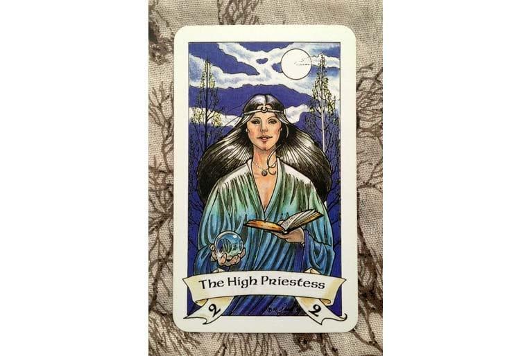 the-high-priestess-2