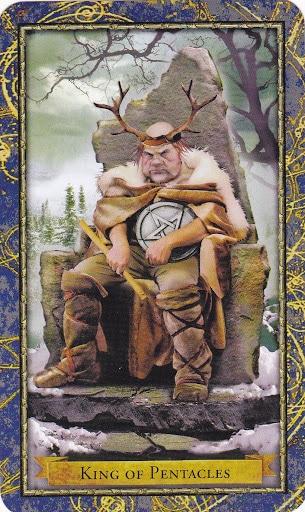 Ý nghĩa lá King of Pentacles trong bộ Wizards Tarot