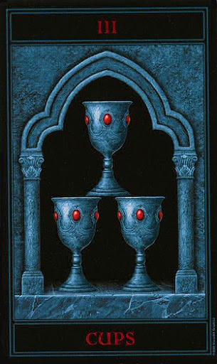 Lá Three of Cups – Gothic Tarot