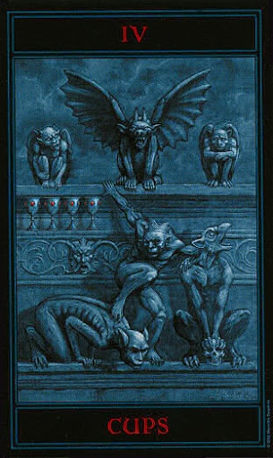 Lá Four of Cups – Gothic Tarot