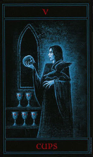 Lá Five of Cups – Gothic Tarot