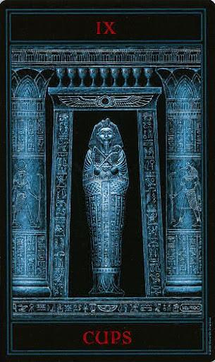 Lá Nine of Cups – Gothic Tarot