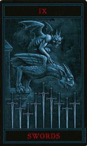 Lá Nine of Swords – Gothic Tarot