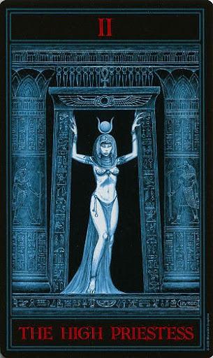 Lá II. The High Priestess – Gothic Tarot