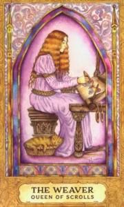 Lá Queen of Scrolls trong bộ Chrysalis Tarot