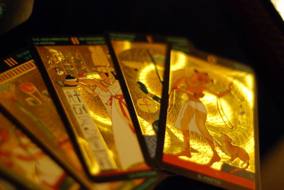 Các Hệ Thống Kiến Giải Tarot