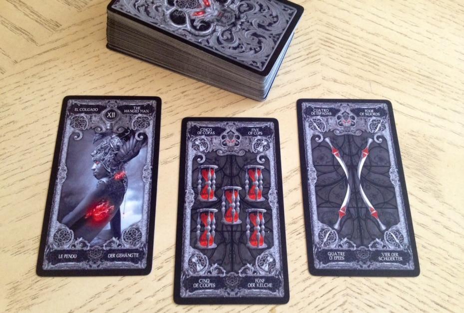 Sự Kết Hợp Các Lá Bài Tarot