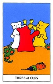 Lá Three of Cups trong bộ Gummy Bear Tarot