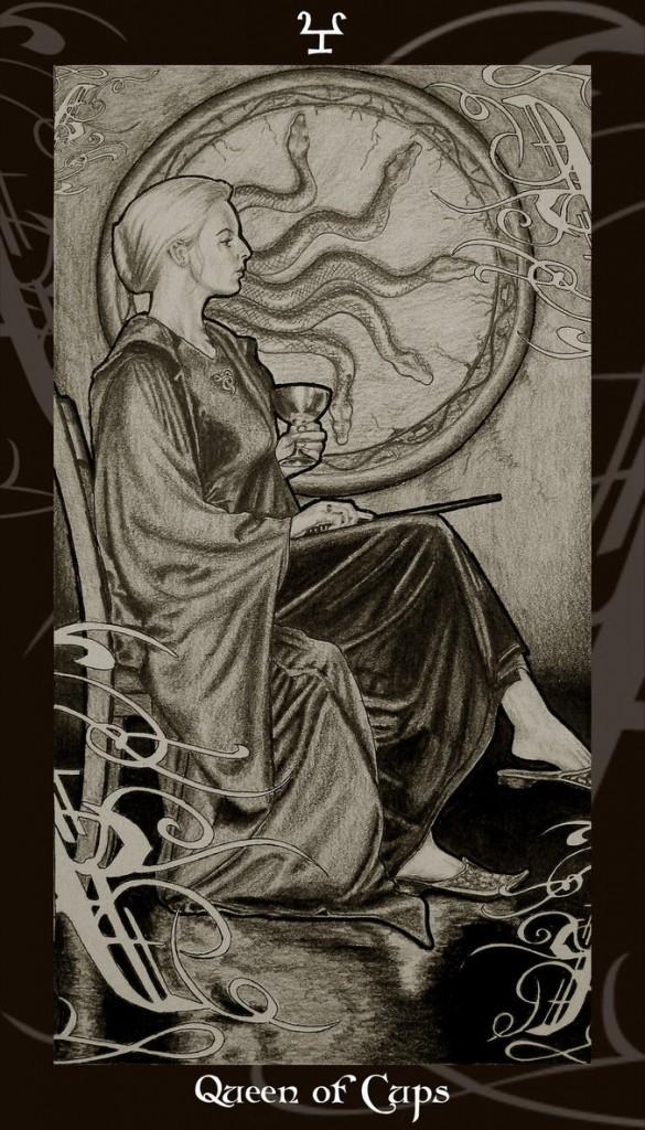 Lá Queen of Cups trong bộ Harry Potter Tarot