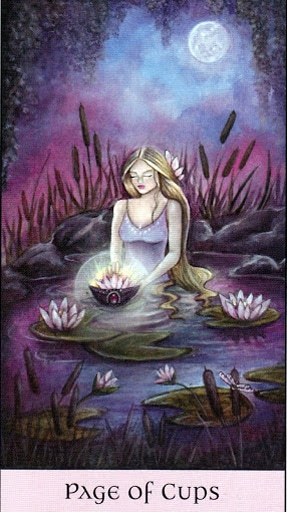 Lá Page of Cups - Crystal Visions Tarot