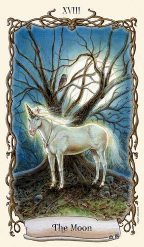 Lá XVIII. The Moon - Fantastical Creatures Tarot