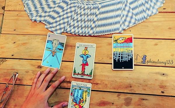 Cách sử dụng bài tarot ngược
