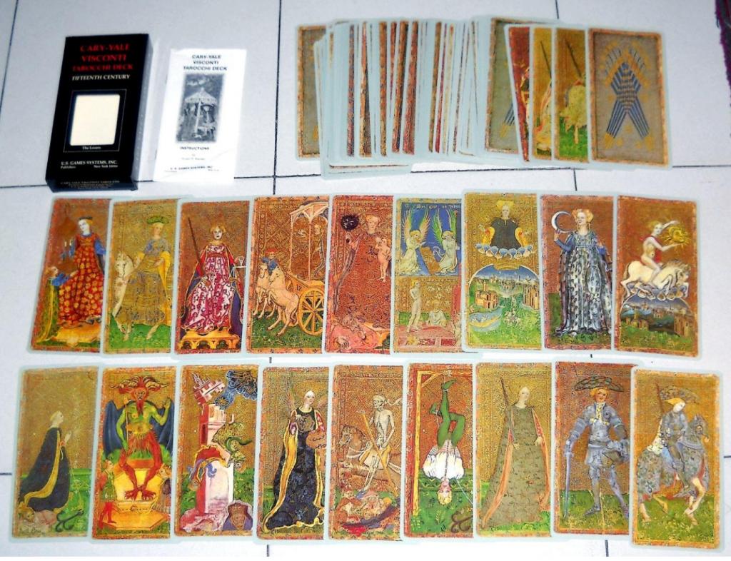Tarot là gì?