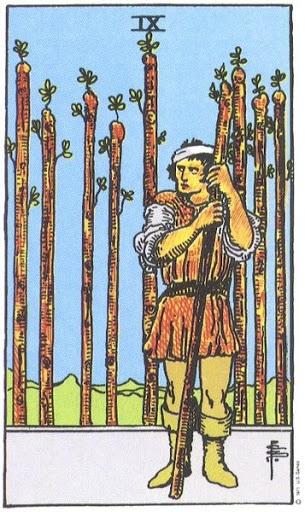 Ý Nghĩa Biểu Tượng 78 Lá Bài Tarot – Nine of Wands