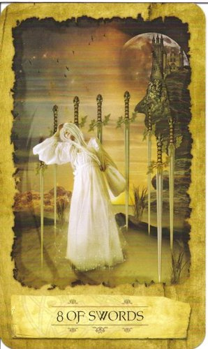 Ý nghĩa lá 8 of Swords trong bộ Mystic Dreamer Tarot