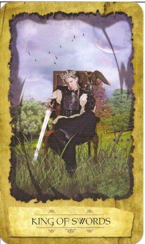 Ý nghĩa lá King of Swords trong bộ Mystic Dreamer Tarot
