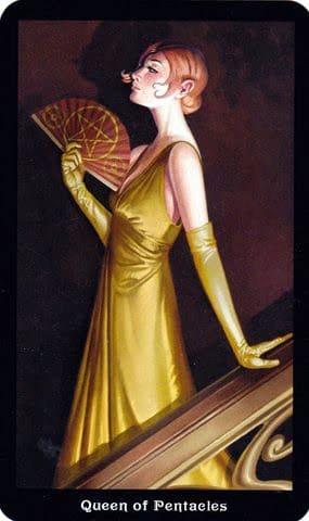 Ý nghĩa lá Queen of Pentacles trong bộ Steampunk Tarot