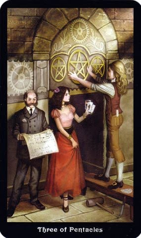 Ý nghĩa lá 3 of Pentacles trong bộ Steampunk Tarot