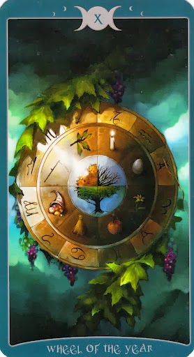 Ý nghĩa lá X. Wheel of the Year trong bộ Book of Shadows Tarot - As Above