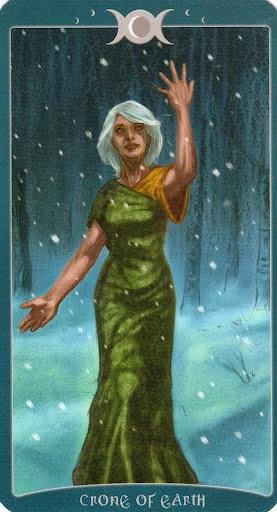 Ý nghĩa lá Crone of Earth trong bộ Book of Shadows Tarot - As Above