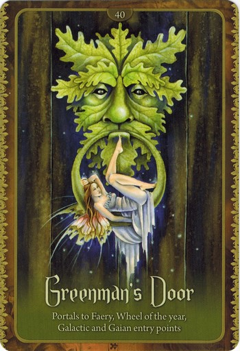 Ý nghĩa lá Greenman's Door trong bộ Wild Wisdom of The Faery Oracle