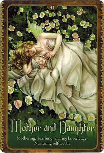 Ý nghĩa lá Mother and Daughter trong bộ Wild Wisdom of The Faery Oracle
