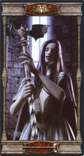 Ý nghĩa lá Queen of Wands trong bộ bài Vampires Tarot of the Eternal Night