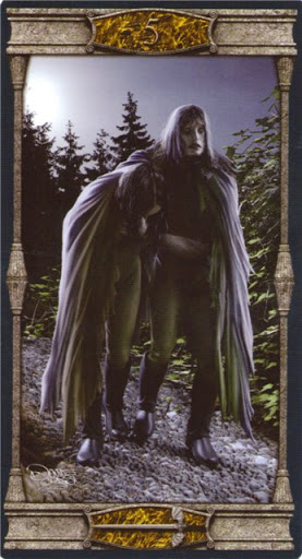 Ý nghĩa lá 5 of Swords trong bộ bài Vampires Tarot of the Eternal Night