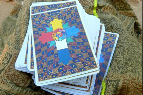 Aleister Crowley Thoth Tarot – Sách Hướng Dẫn