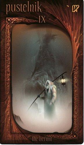 Lá IX. The Hermit – Maroon Tarot