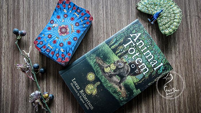 Animal Totem Tarot – Sách Hướng Dẫn