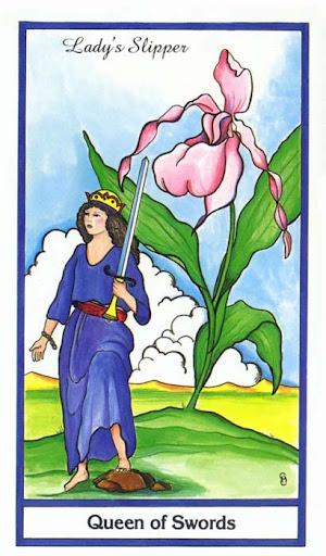 Ý nghĩa lá Queen of Swords trong bộ bài Herbal Tarot