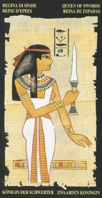 Ý nghĩa lá Queen of Swords trong bộ bài Egyptian Tarot