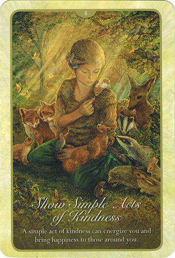 Ý nghĩa lá 5. Show Simple Acts of Kindness trong bộ bài Whispers of Love Oracle Cards