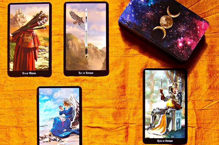 Witches Tarot – Sách Hướng Dẫn