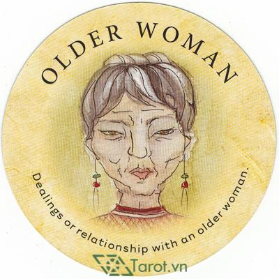 Ý nghĩa lá Older Woman trong bộ bài Tea Leaf Fortune Cards