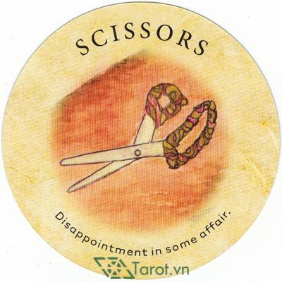 Ý nghĩa lá Scissors trong bộ bài Tea Leaf Fortune Cards