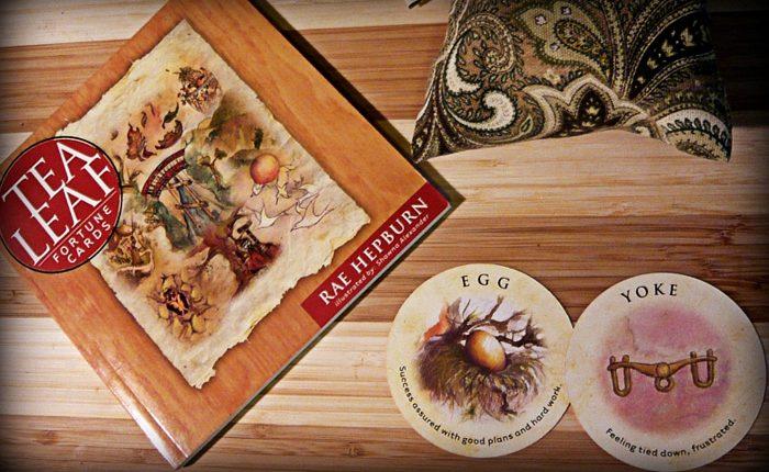 Tea Leaf Fortune Cards – Sách Hướng Dẫn Bói Trà