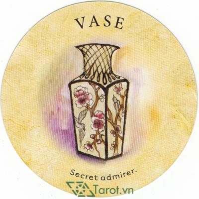 Ý nghĩa lá Vase trong bộ bài Tea Leaf Fortune Cards