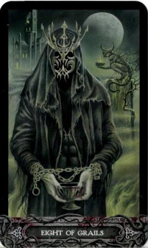 Ý nghĩa lá bài Eight of Grails trong bộ bài Tarot of Vampyres
