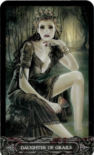 Lá Bài Daughter of Grails - Tarot of Vampyres 1