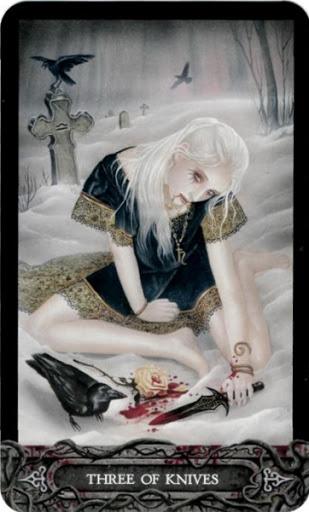 Ý nghĩa lá bài Three of Knives trong bộ bài Tarot of Vampyres