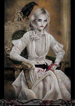 Lá Bài Queen of Knives – Tarot of Vampyres