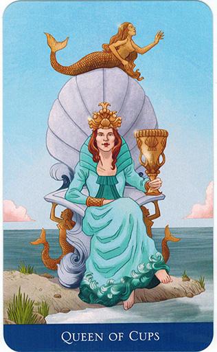 Ý nghĩa lá Queen of Cups trong bộ bài Llewellyn's Classic Tarot