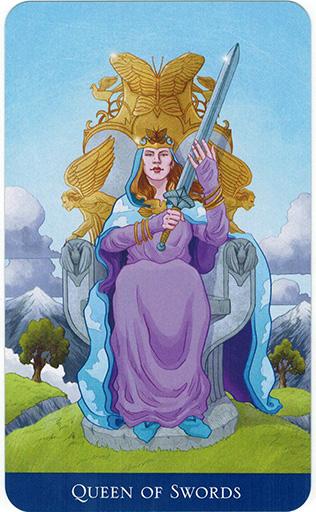 Ý nghĩa lá Queen of Swords trong bộ bài Llewellyn's Classic Tarot