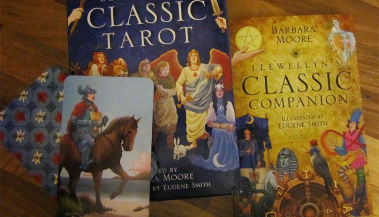 Llewellyn's Classic Tarot – Sách Hướng Dẫn