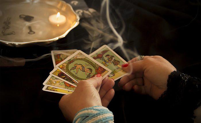 11 Cách Tự Giải Bài Tarot