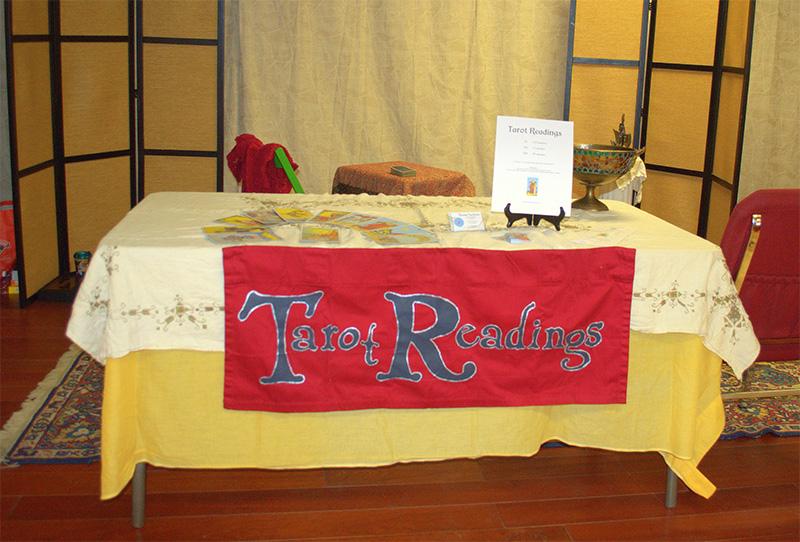 Sự chuẩn bị từ nhà tổ chức buổi xem bài Tarot